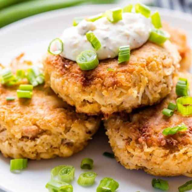 Maryland Style Crab Cakes / House Made Spiced Mayonnaise