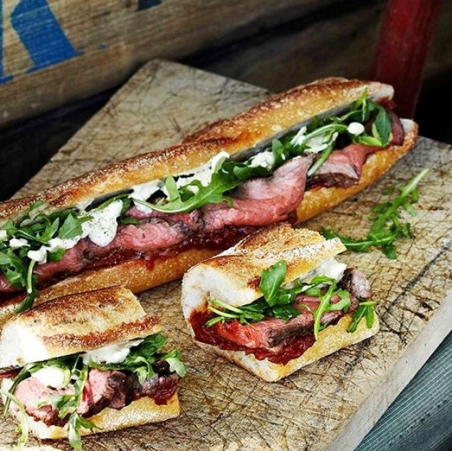 Smoked Beef Baguette / Tasty Cheese / Onion Jam / Lettuce Roquette / Mustard / Tomato Chutney