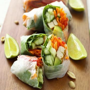 Cocktail Vietnamese Vegetable Rice Paper Rolls / Spicy Plum Sauce (Gluten Free / Vegan)
