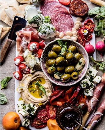 Grazing Platter (Per Person) ~ Leg Ham Off The Bone / Bresaola / Sopressa Salami / Housemade Dips / Cornichons / Olives / Vegetable Crudite / Crusty Bread / Grissini / Crackers