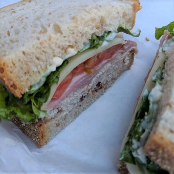 Ham Sandwich ~ Smoked / Cheddar / Roma Tomato / House Mayo / Baby Spinach / Multigrain