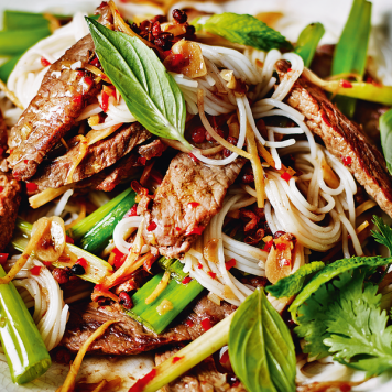 Thai Beef Salad ~ Glass Noodles / Snow Pea / Capsicum / Choy Sum / Baby Corn / Cucumber / Coriander Mint Lime Dressing