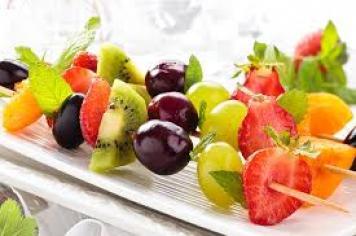 Fresh Fruit Skewers - 6 Inch Bamboo Skewers Of Seasonal Fruit